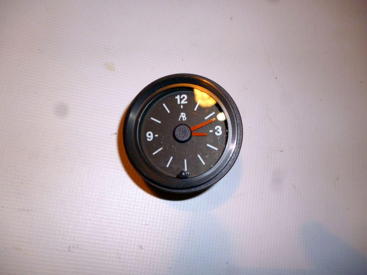 2107 Электронные Часы в